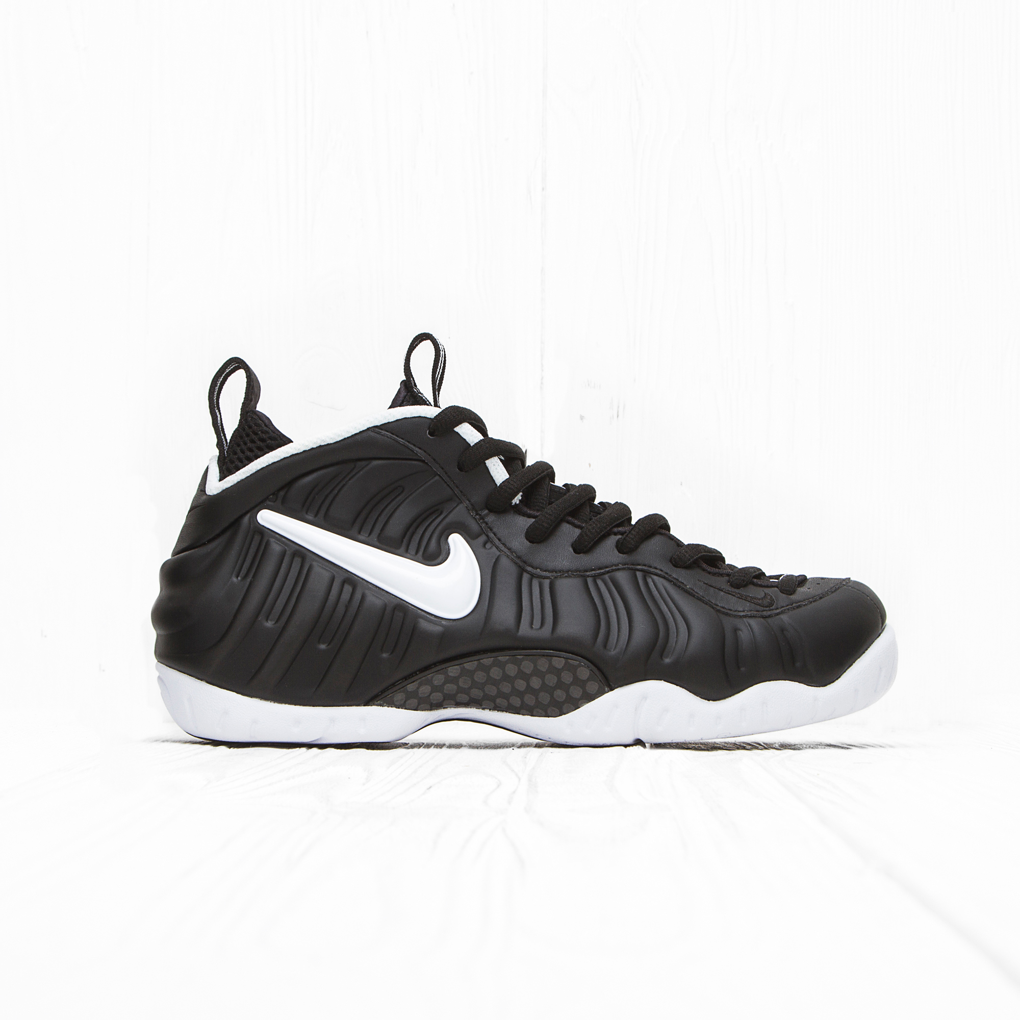Кроссовки Nike AIR FOAMPOSITE PRO Black/White-Black