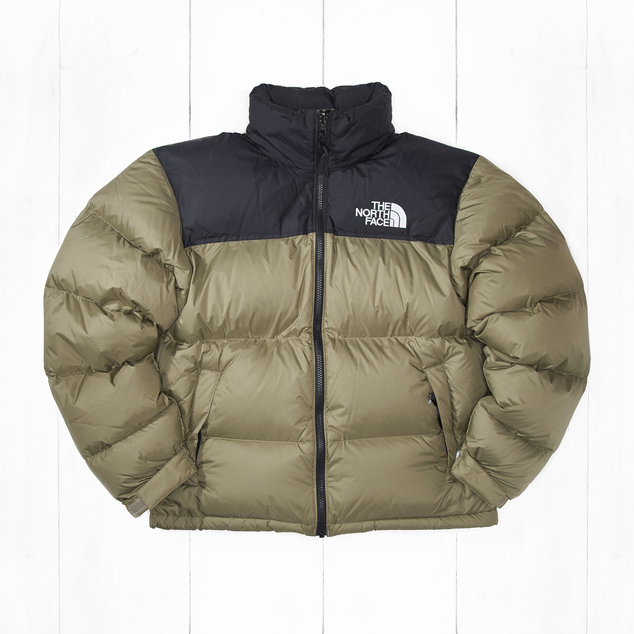 Куртка The North Face 1996 RTO NUPTSE Tumbleweed Green