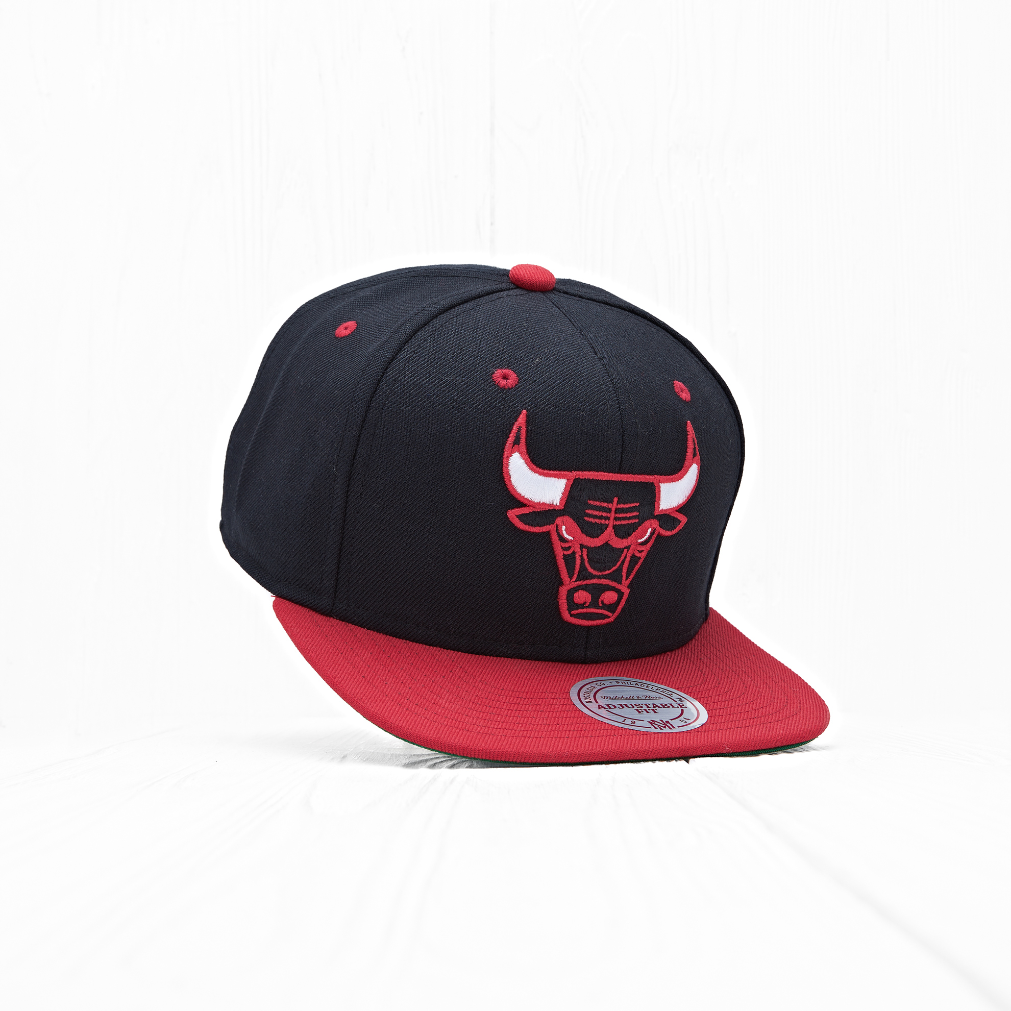 Снепбек Mitchell & Ness NBA CHICAGO BULLS Black/Red/Black