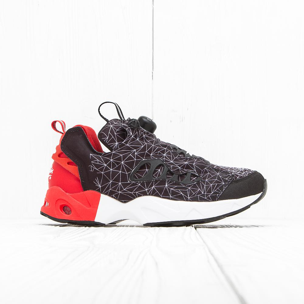 Кроссовки Reebok INSTA PUMP FURY ROAD CNY Black/Motor Red/White
