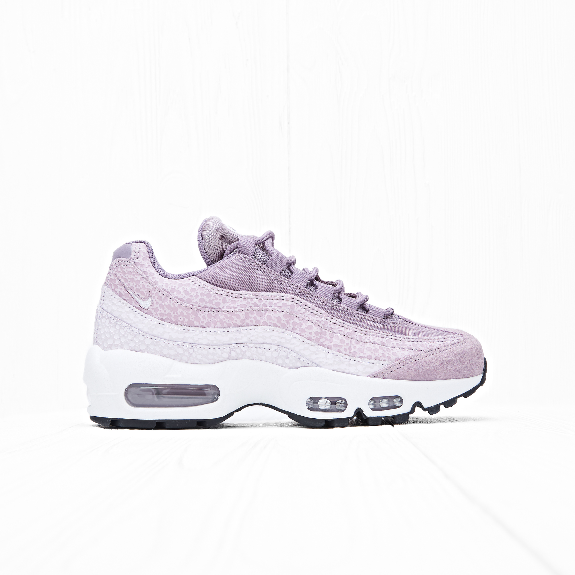 Кроссовки Nike W AIR MAX 95 PRM Purple Smoke/Summit White