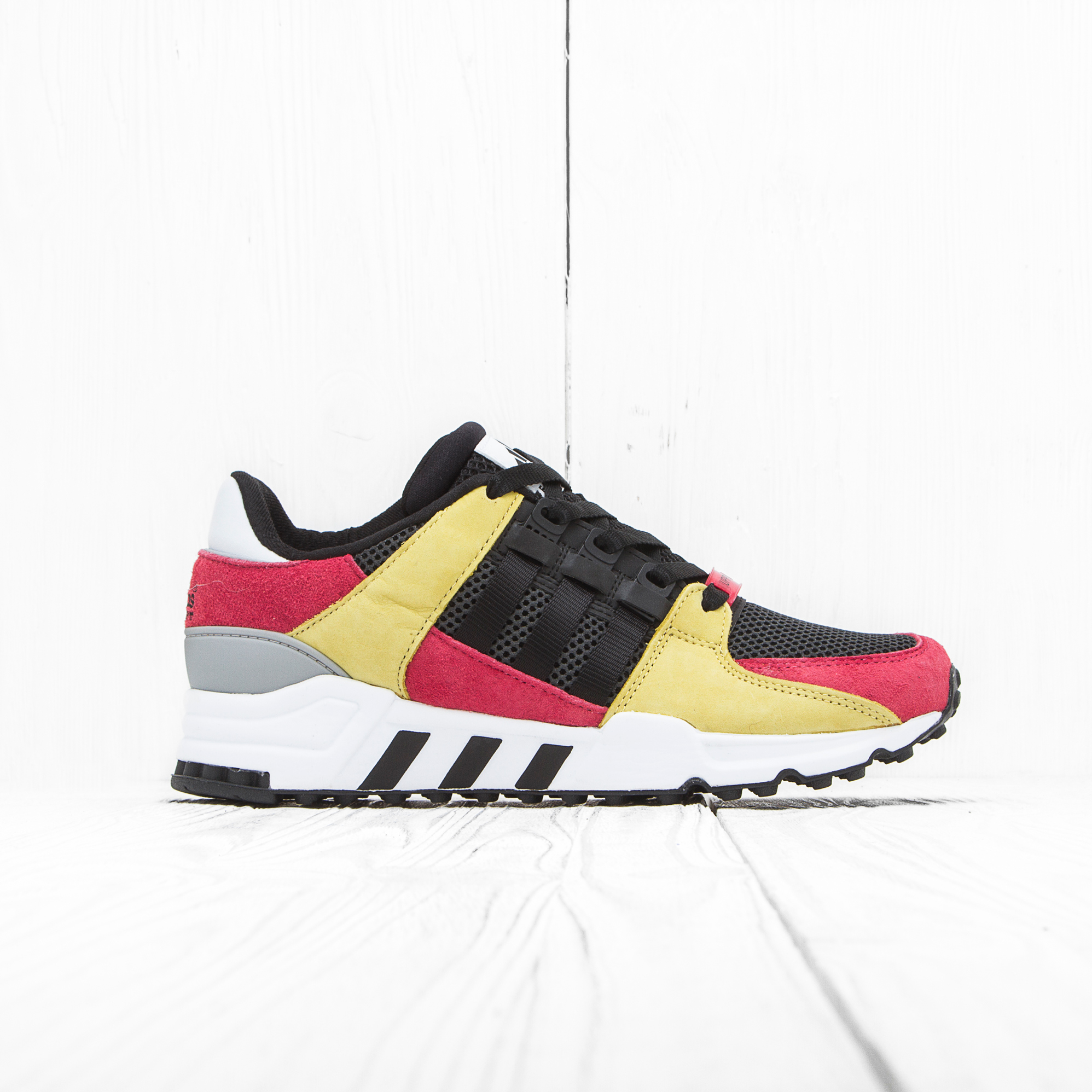 Кроссовки Adidas EQUIPMENT RUNNING SUPPORT Lush Pink/Core Black/Vintage White