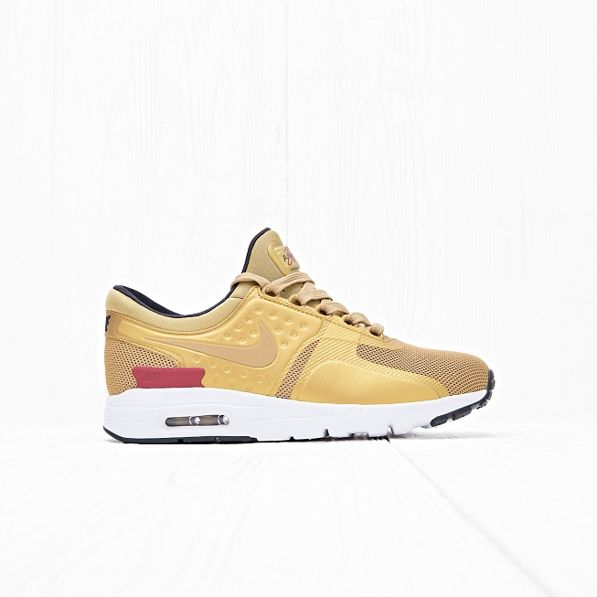 Кроссовки Nike W AIR MAX ZERO QS Metallic Gold/Varsity Red/White/Black