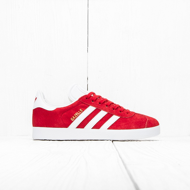 Кроссовки Adidas GAZELLE Power Red/Off White/Gold Met