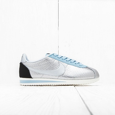 Кроссовки Nike W CLASSIC CORTEZ LEATHER PRM Metallic Silver/Black-Mica Blue
