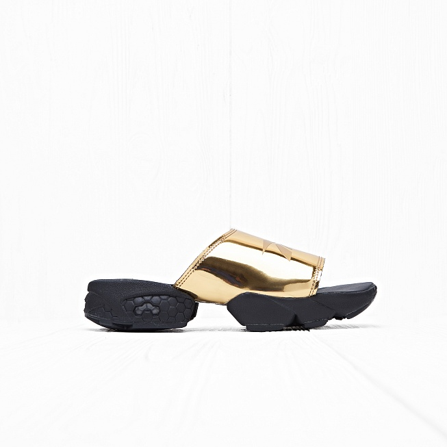 Шлепанцы Reebok FURY SLIDE MAGIC HOUR Gold Metallic/Black/White