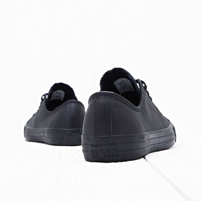 Кеды Converse CHUCK TAYLOR ALL STAR LOW Leather Black Monochrome - Фото 1