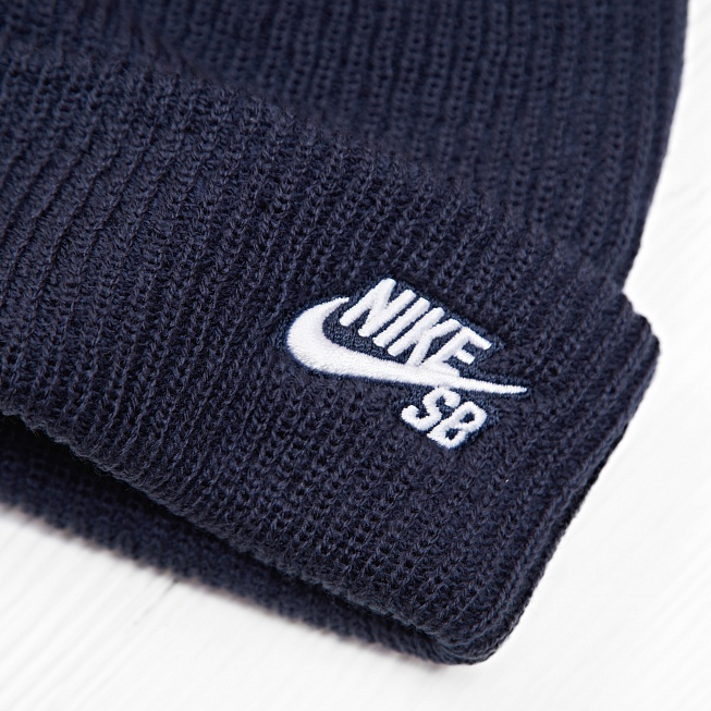 purchase cheap 06a95 63206 ... FISHERMAN BEANIE Obsidian White. Nike SB