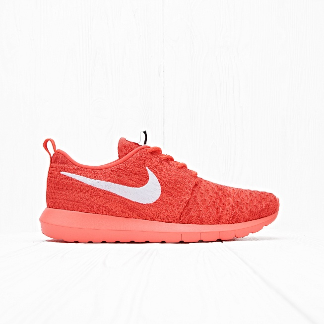 Кроссовки Nike ROSHE NM FLYKNIT Bright Crimson/White-University Red