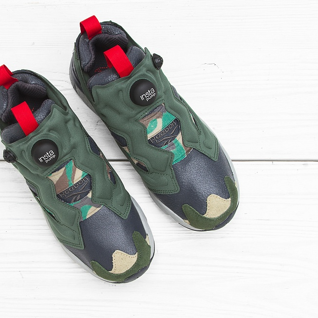 Кроссовки Reebok INSTA PUMP FURY OG Black/Primal Green/Baseball Grey/Scarlet - Фото 4