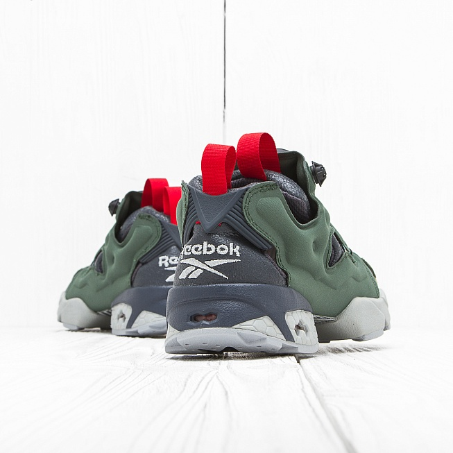 Кроссовки Reebok INSTA PUMP FURY OG Black/Primal Green/Baseball Grey/Scarlet - Фото 2