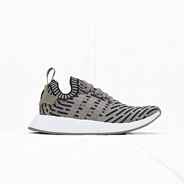Кроссовки Adidas NMD R2 PK Trace Cargo/Core Black/Ftwr White