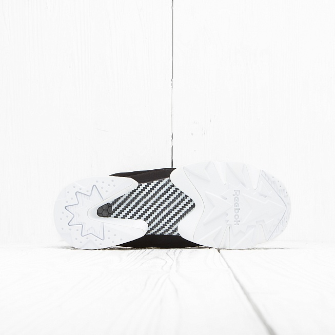 Кроссовки Reebok INSTA PUMP FURY GALLERY Black/White - Фото 4