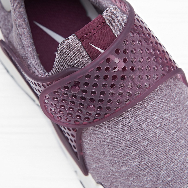 Кроссовки Nike W SOCK DART SE Night Maroon/Sail/Light Iron Ore - Фото 5