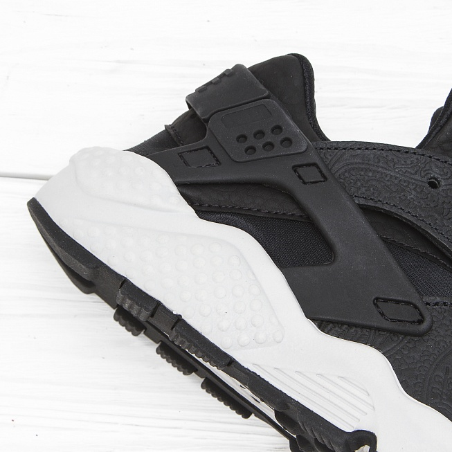Кроссовки Nike W AIR HUARACHE RUN PRM Black/Black-White - Фото 5