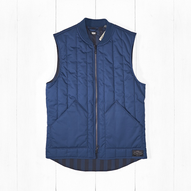 Жилет Levi's SKATE VEST ll Dress Blues