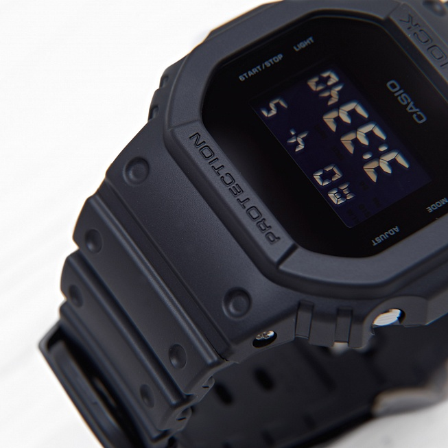 Часы Casio G-SHOCK SPECIALS (DW-5600BB-1E) Black-Black - Фото 1