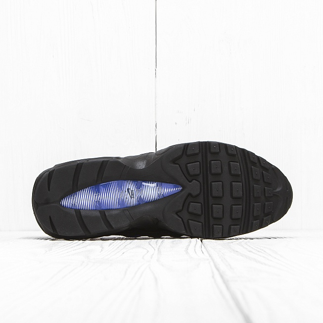 Кроссовки Nike AIR MAX 95 ESSENTIAL Black/Persian Violet-White - Фото 3
