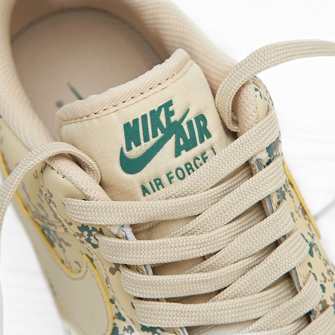 Кроссовки Nike AIR FORCE 1 07 LV8 (COUNTRY CAMO) Team Gold/Team Gold-Golden Beige - Фото 5