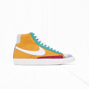 Кроссовки Nike BLAZER MID 77 VNTG WE SUEDE Noble Red/Kinetic Green/Jade Aura