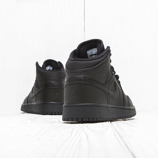 Кроссовки Jordan AIR JORDAN 1 MID (BG) Triple Black - Фото 1