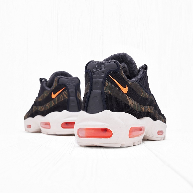 Кроссовки Nike x Carhartt WIP AIR MAX	95 Black/Total Orange-Sail - Фото 2