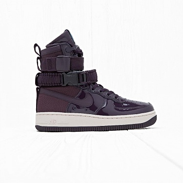 Кроссовки Nike SF AF 1 SE PRM Port Wine/Space Blue/Light Orewood Brown
