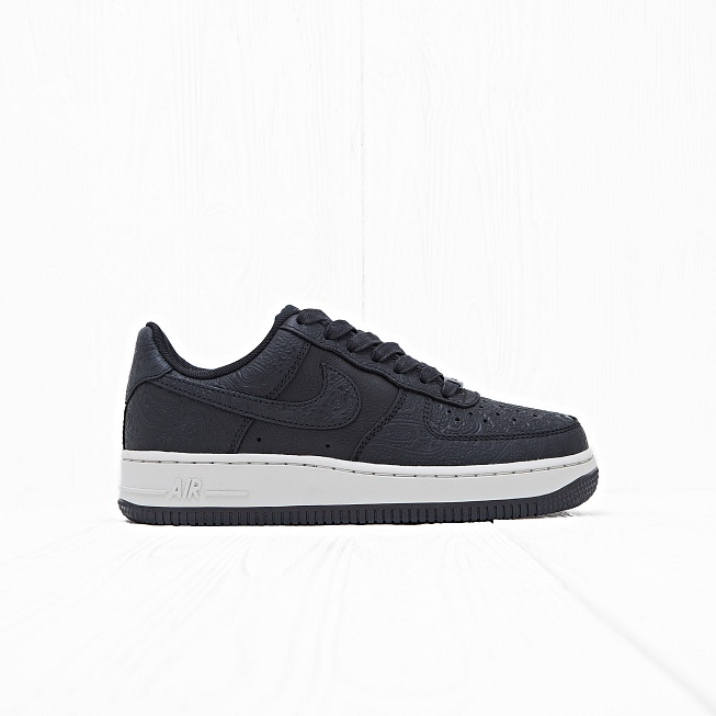 Кроссовки Nike W AIR FORCE 1 07 PRM ESS Black/Black-Light Bone