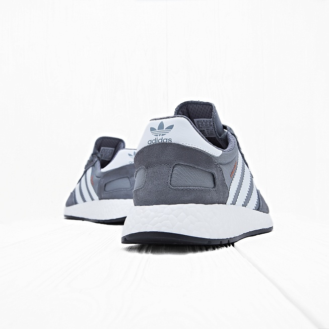Кроссовки Adidas INIKI RUNNER Vista Grey/Footwear White/Core Black - Фото 1