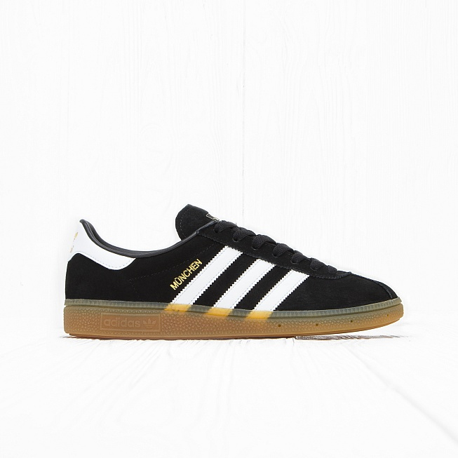 Кроссовки Adidas MÜNCHEN Core Black/Footwear White/Gum