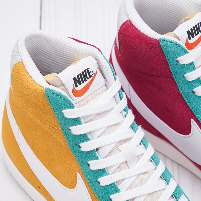 Кроссовки Nike BLAZER MID 77 VNTG WE SUEDE Noble Red/Kinetic Green/Jade Aura - Фото 4